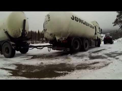 Empty truck+full trailer+winter(Norge)
