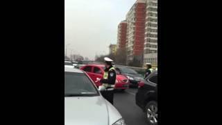 Работа китайских полицейских(Работа китайских полицейских Видос получен из соц.сети QQ., 2015-10-13T22:56:35.000Z)