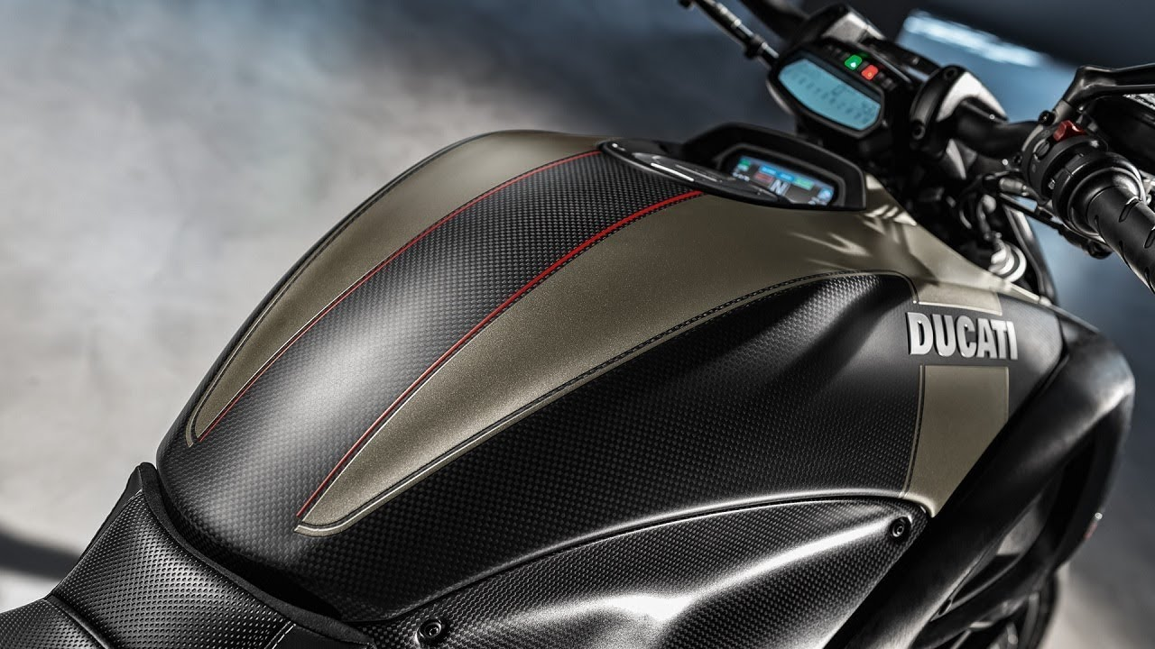 Ducati Diavel Carbon Price Inr 19 73 000 Euro Iv Ducati Diavel