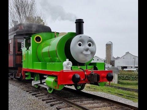 【Treni giocattolo】Il trenino Thomas Percy il suo numero è il 6 (00046 IT)