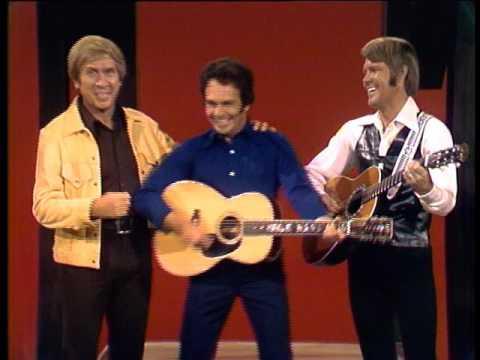 Glen, Merle, Buck, & Johnny  The Glen Campbell Goodtime Hour 11 Jan 1972  Merles Impressions