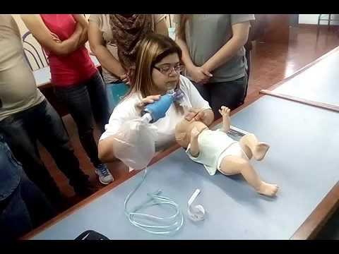 Como intubar a un beb youtube - Como banar a un bebe ...