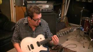 How to play 3s And 7s by Queens Of The Stone Age on guitar by Mike Gross