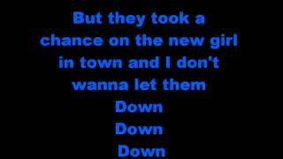 Jessie theme song w/lyrics - Disney Channel