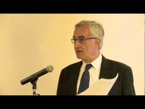 Bermuda & World Economy Report 2012 by Charles Ludolph
