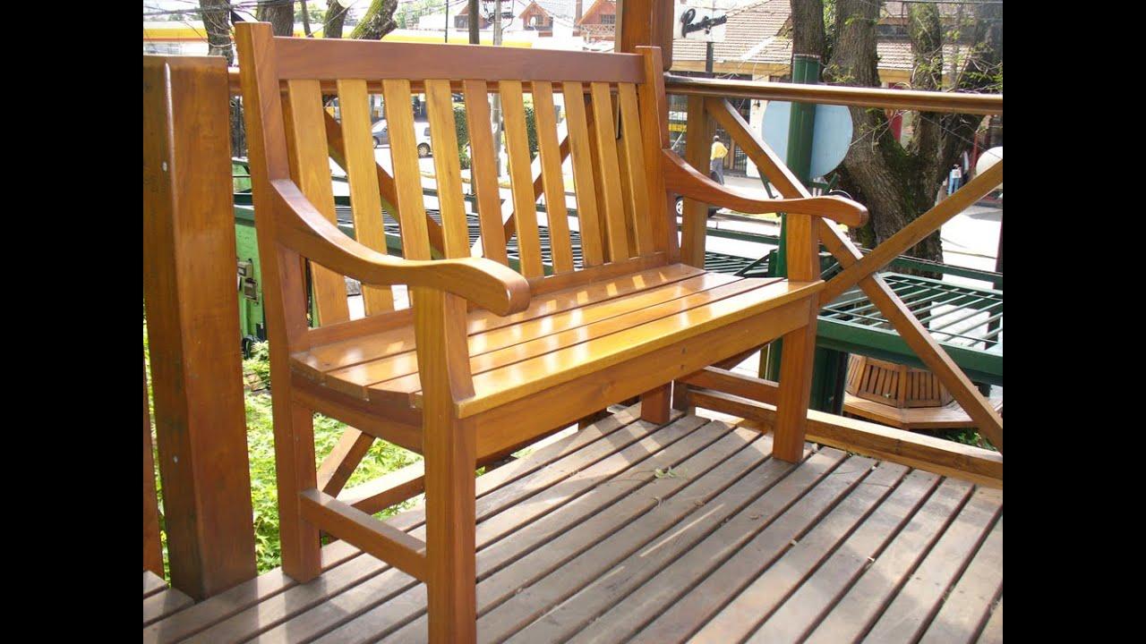 Bancos y sillas de madera del muebles de for Conjunto de mesa de madera y silla de jardin barato