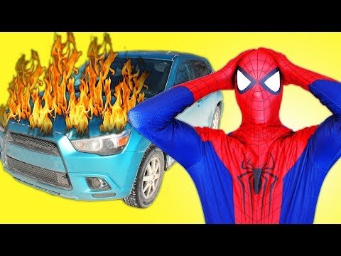 Download Superheroes dance in the car.Spiderman/captain america/batman/Venom funny dance