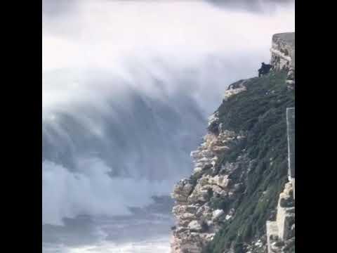 Самая высокая волна снятое на камеру. Самые красивое на нашей планете