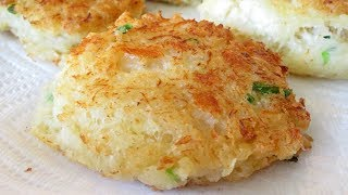 Red Lobster Crab Cakes - Cheddar Bay Biscuits with Crab and Pepper Jack - PoorMansGourmet