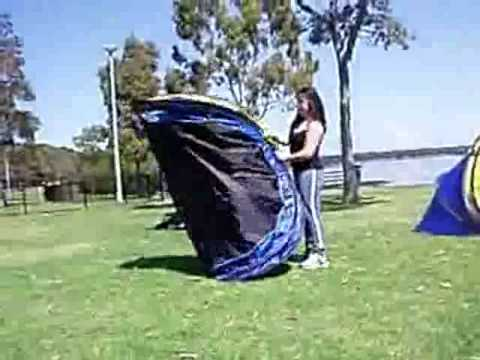 Madillo 2 Seconds Pop Up Tent Set-Up and Pack-Up & Madillo 2 Seconds Pop Up Tent: Set-Up and Pack-Up - YouTube