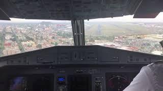 ATR-72-600 de Aeromar aterrizando por la 5L