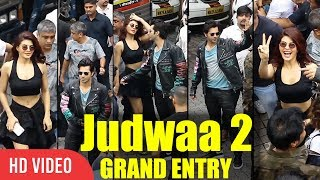 Varun Dhawan And Jacqueline Grand Entry | Judwaa 2 Official Trailer Launch