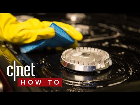 It's pretty easy to clean your gas cooktop (CNET How To)
