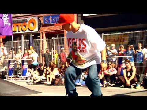Skaters Shut Down Rideau Street in Ottawa on Canada Day