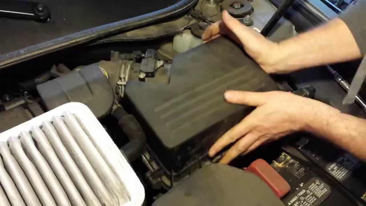 How to replace 2011 Toyota Camry Engine Air filter element change 20072011 4 cyl maintenance