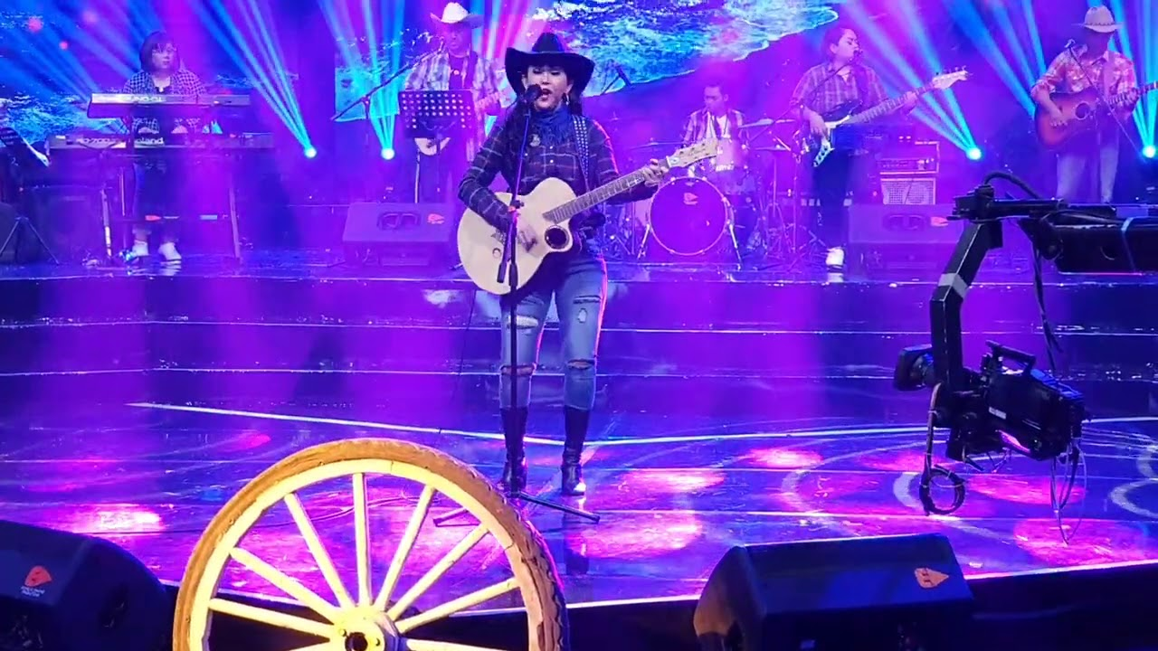 Ratna Listy di Country Musik TVRI 5 Desember 2020 -