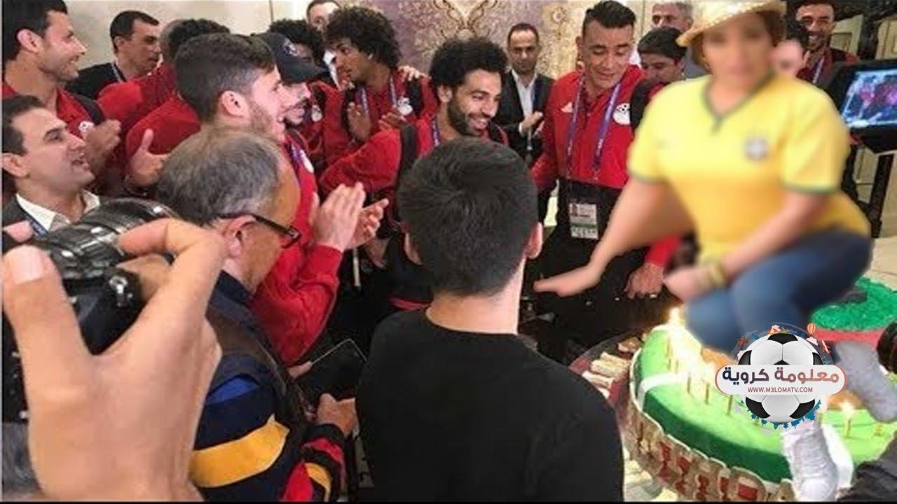 فيفي عبده ترقص أمام لاعبي منتخب مصر في روسيا  ومحمد صلاح ينفعل ويغادر الفندق