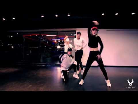 Tutor:king        YUFEI dance studio