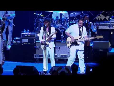 CHIC featuring Nile Rodgers  I Want Your Love   At The House Sídney 2013 HD
