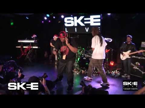 "E-40 Performs ""Function"" with A Live Band For The First Time Ever on SKEE Live"