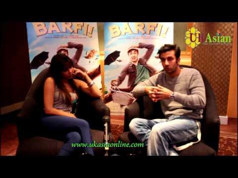 Ranbir Kapoor and Priyanka Chopra - Interview 'BARFI'