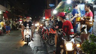 [4K] Bangkok 2020 Night Street Walk | Thailand Street Foods in Ratchada