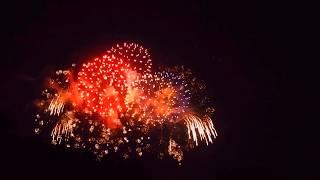 ムビる10155 湯殿川で見る花火 hanabi thumbnail