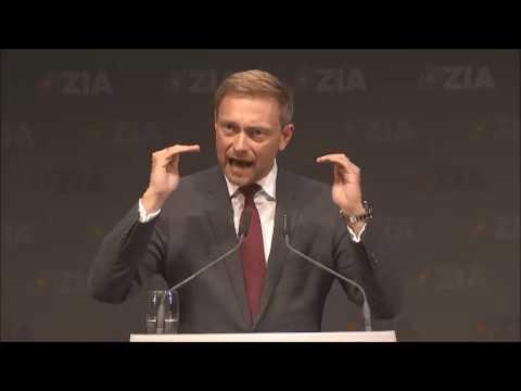 Rede vom FDP-Spitzenkandidaten Christian Lindner beim Tag der Immobilienwirtschaft 2017