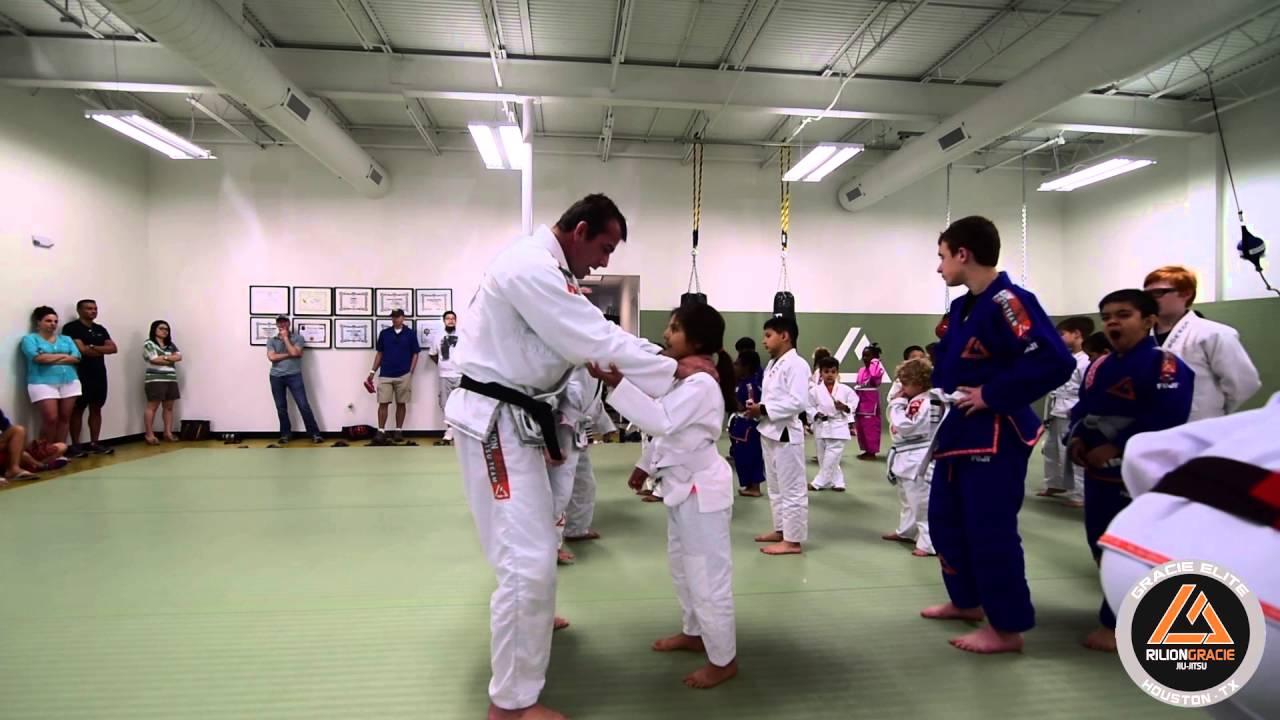 A Beginners' Guide to Brazilian Jiu-Jitsu Belt and Ranking System