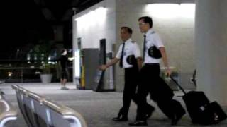 Singapore Airlines Cabin Crew ( Shanghai Pudong Airport)
