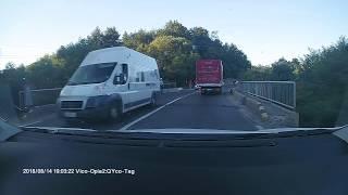 Jandarmeria Romana, sens giratoriu, accident interesant