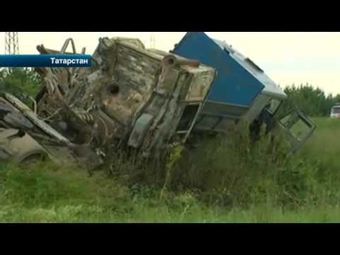 В Казани проходит опознание тел погибших в страшной аварии на трассе Альметьевск-Заинск