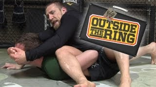 Outside the Ring - Hit the mat and grab a vegan cupcake with Daniel Bryan - Episode 3