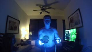 UV Contact Juggling - with arm lights