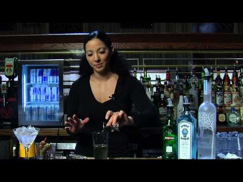 Recipe for Dirty Martinis With Bleu Cheese & Vodka