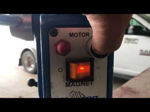 Hougen HMD914 Portable Magnetic Drill w/ Swivel Base & Case