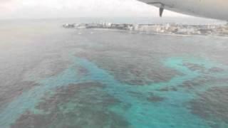 Landing at San Andrés, Gustavo Rojas Pinilla airport)