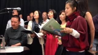 Các ca đoàn hát lại những bài hát trong ĐHTMLV