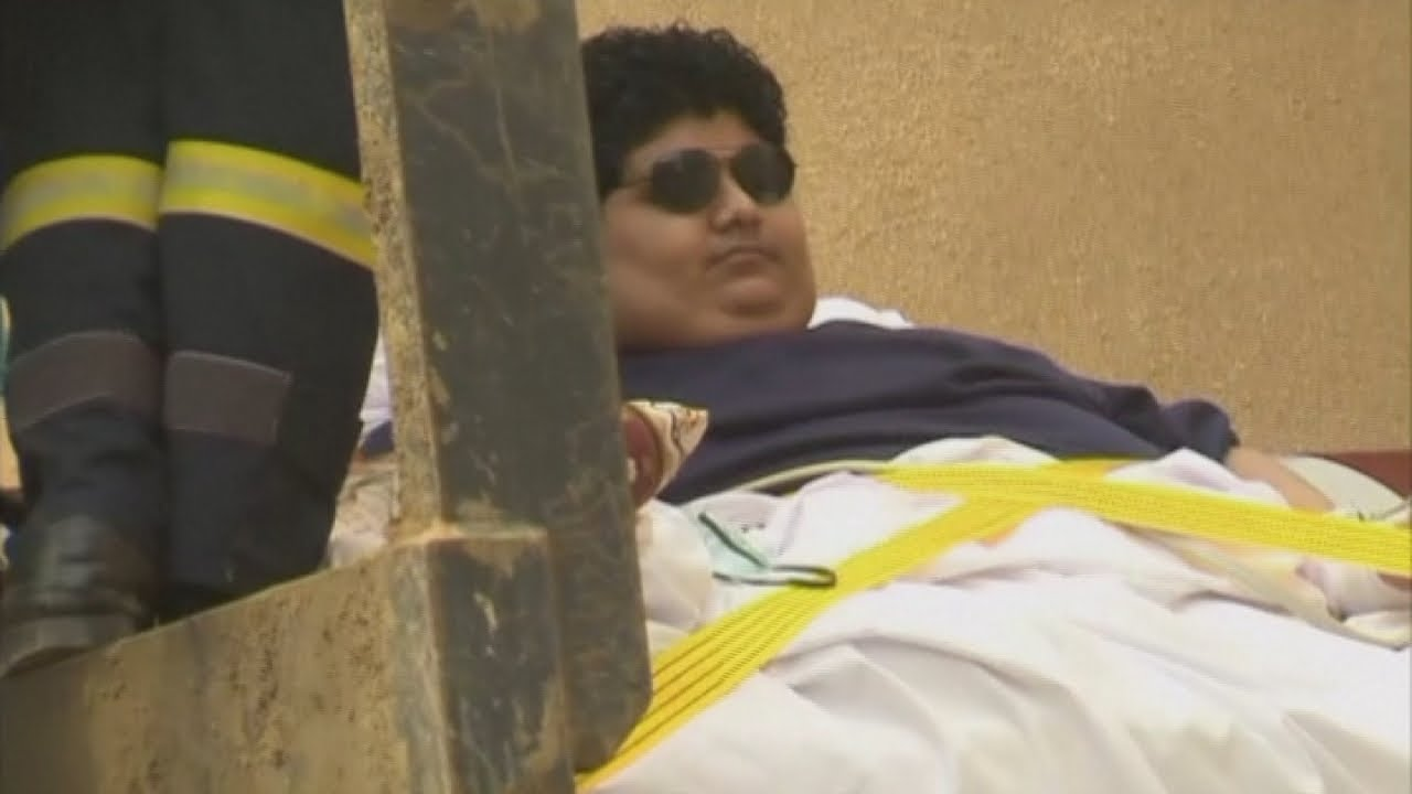 1344 pound man airlifted out of house: Saudi Arabian king orders obese man to get treatment