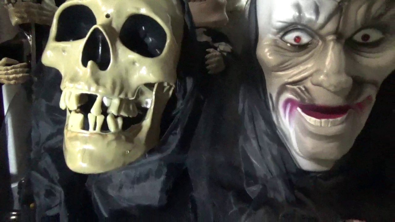 gemmy halloween animated floating talking skull and phantom heads - Talking Skull Halloween