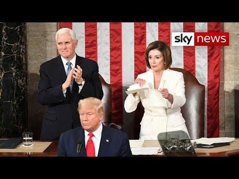 Tensión entre Trump y los demócratas: la líder Nancy Pelosi rompió su discurso en pleno el Congreso