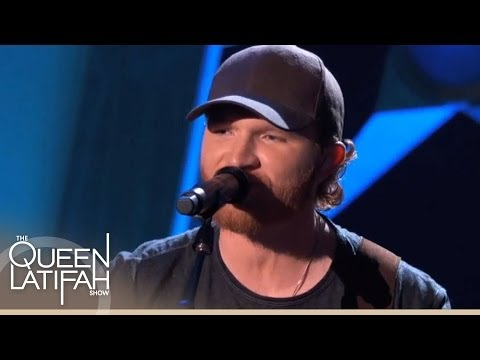 "Eric Paslay Performs ""Friday Night"""
