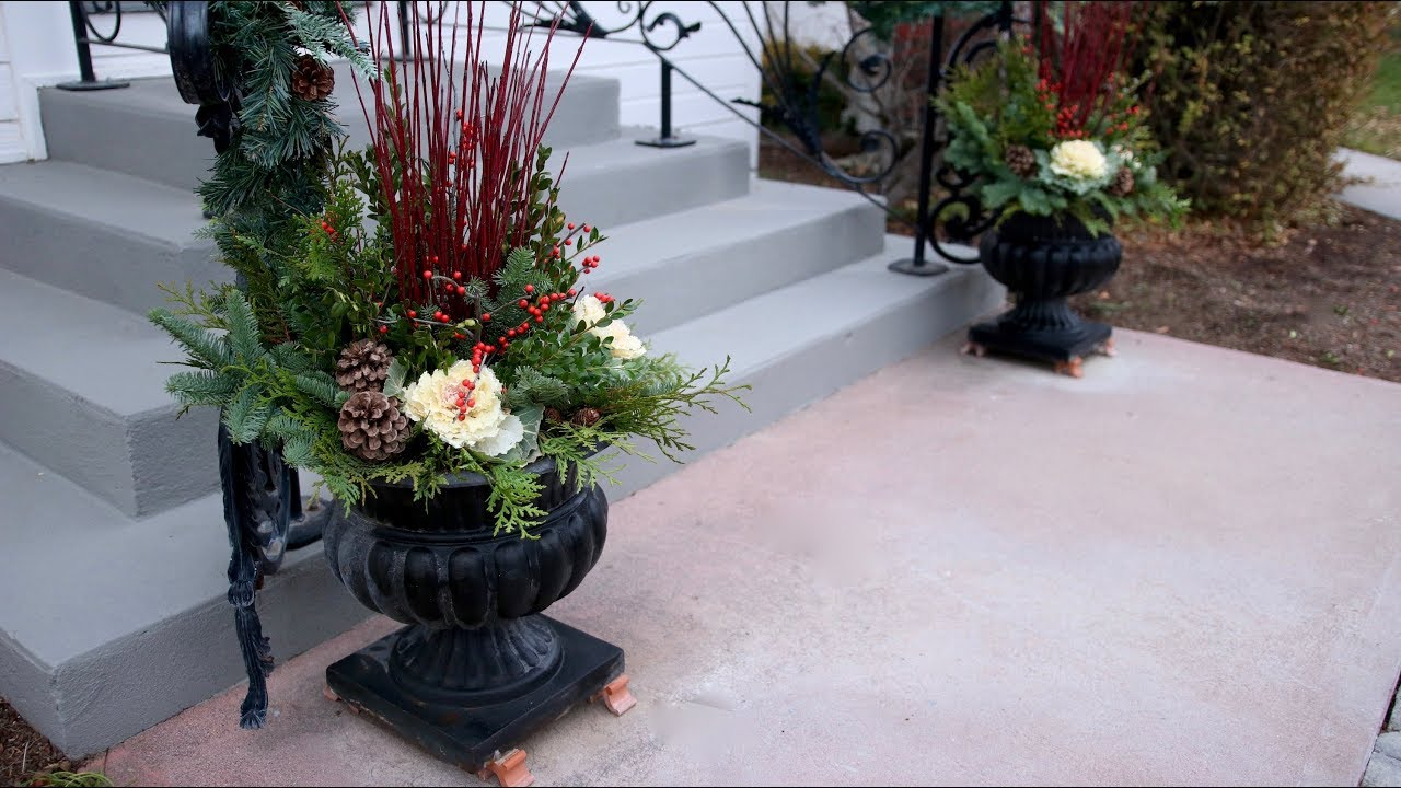 Idea For Front Porch Christmas Containers Youtube