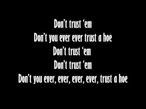 Hopsin - Don't Trust 'Em (Lyrics)