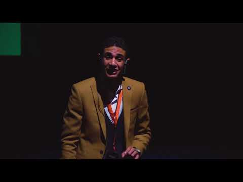 6 factors to get a scholarship - Abdullah Samy - TEDxFalakiS