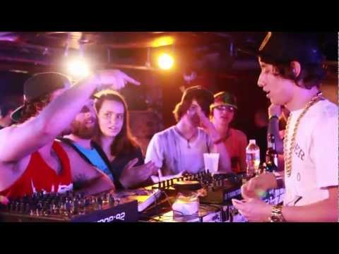 Crizzly - Live at The Zebra (Chain Hang...