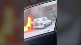 На ул 2-й Хабаровской сгорел BMW
