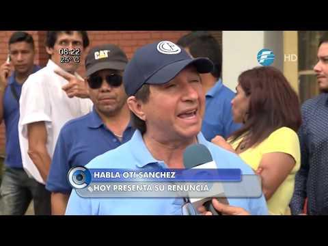 """Renuncia """"Oti"""" Sánchez al cargo de director del Abasto."""