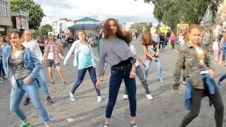 Флешмоб на день танцю. 2014