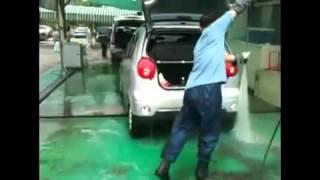 Laver sa voiture en moins de 5 min.